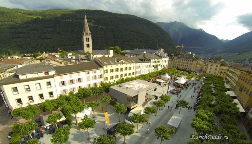 Martigny-2 Мартиньи (Martigny), Швейцария - путеводитель по городу, что посмотреть в Мартиньи, достопримечательности. Как добраться в Мартиньи - расписание, стоимость.