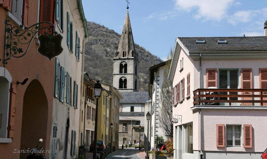 Martigny-4 Мартиньи (Martigny), Швейцария - путеводитель по городу, что посмотреть в Мартиньи, достопримечательности. Как добраться в Мартиньи - расписание, стоимость.