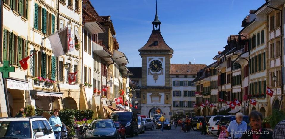 Murten-5 Муртен (Murten), Швейцария - путеводитель по городу, достопримечательности Муртена. Как добраться - расписание, стоимость. Фото Муртена, карта. Замок Муртен Муртен (Murten) или Морат (Morat)